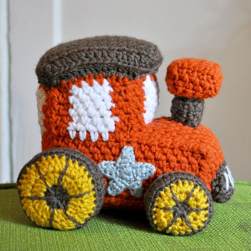 Crocheting Stuff : crochet-stuff-toy-train-amigurumi