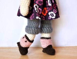 crochet-doll-boots